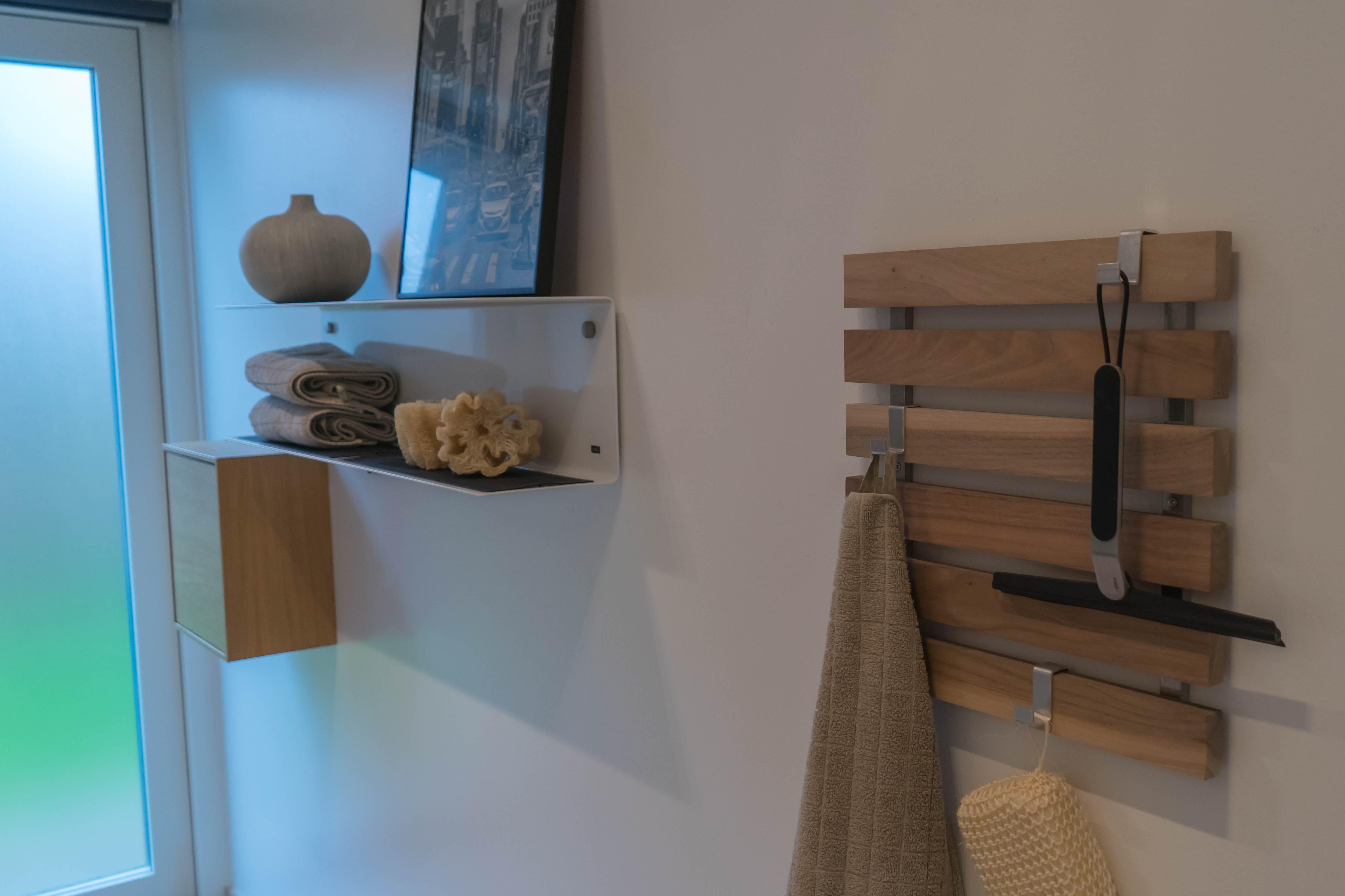 design knagerække træ entre badeværelse køkken