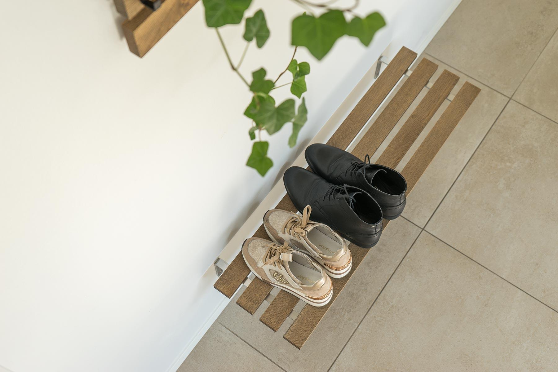 Skohylde til væg træ